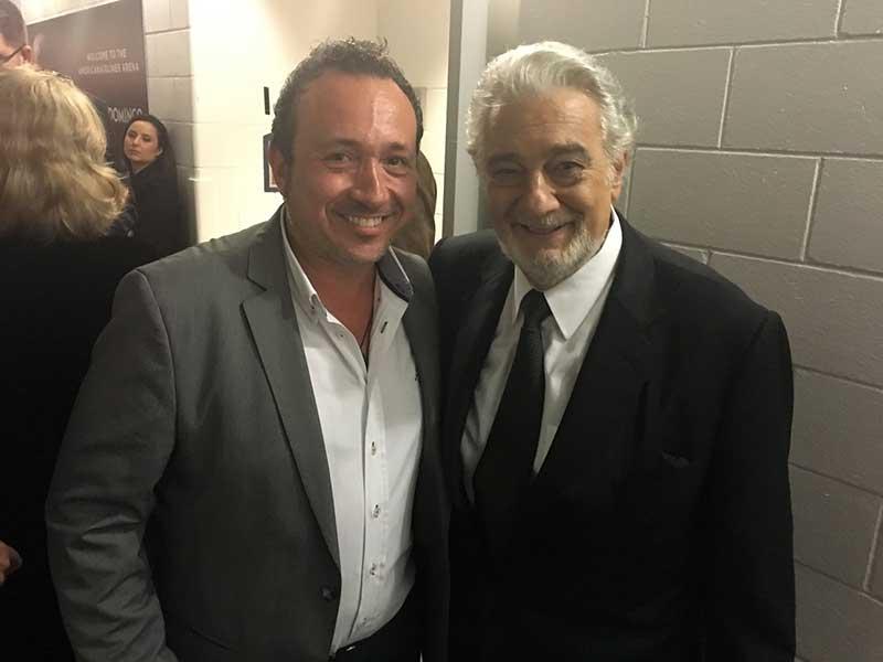 Manuel J. Villegas con Placido Domingo